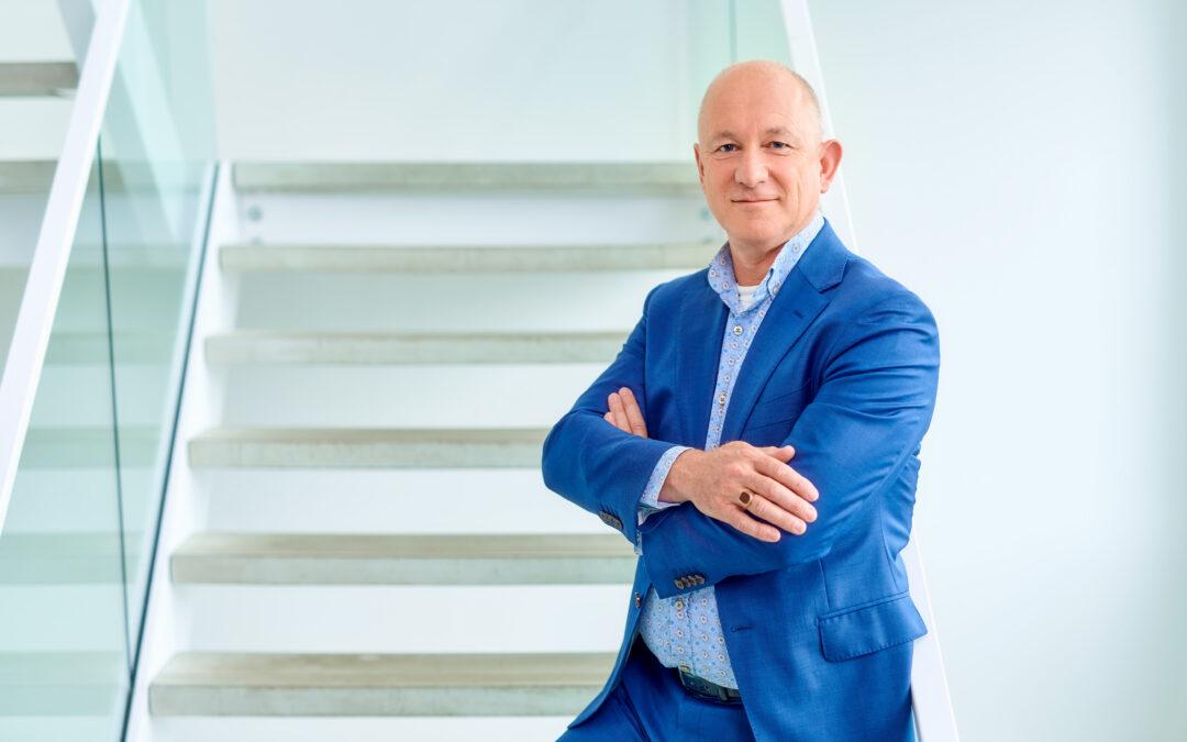 Foto toont een portret van Bart van de Ven, technische projectleider Schuldenknooppunt